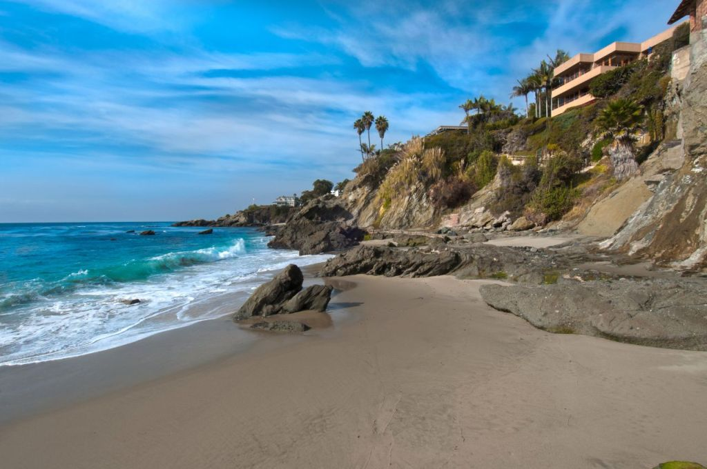 Luxury Estate Home for Sale in Laguna Beach 03