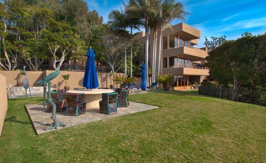 Luxury Estate Home for Sale in Laguna Beach 05