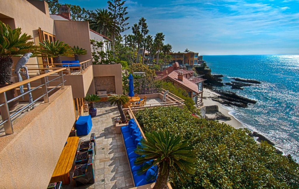 Restaurants 2475 south coast highway laguna beach ca 92651 for Laguna beach luxury real estate