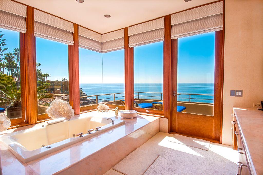 Luxury Estate Home for Sale in Laguna Beach 18