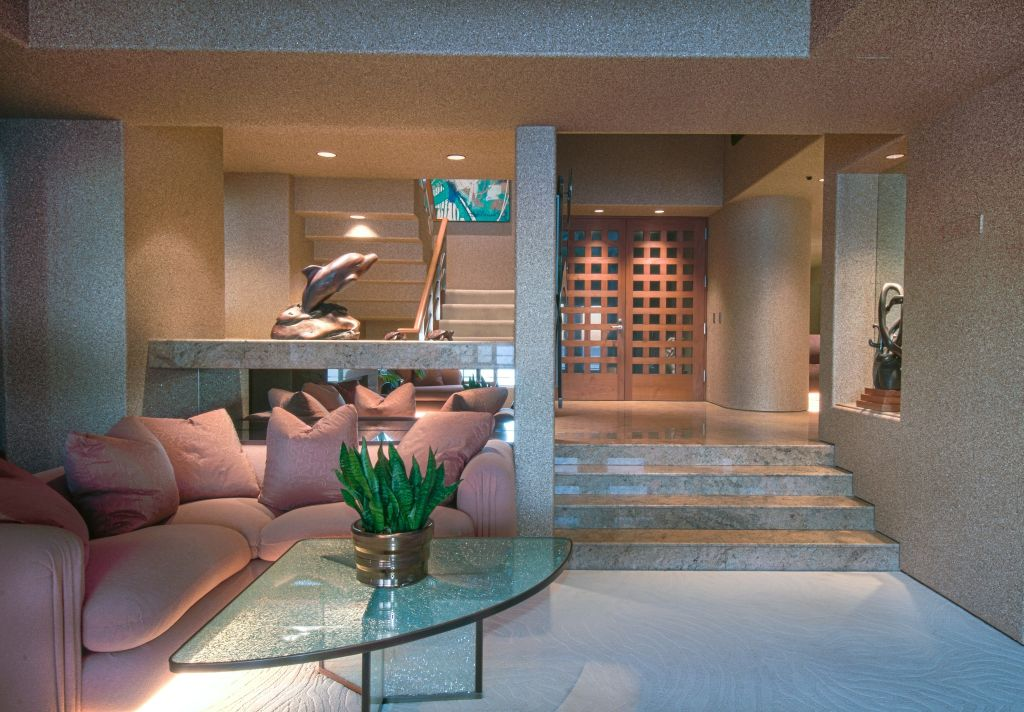 Luxury Estate Home for Sale in Laguna Beach 23